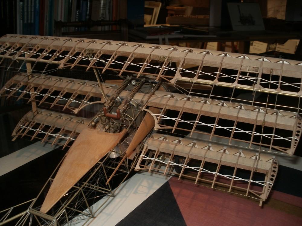 Eigenbau der Fokker Dr.1 im Maßstab 1/15.Zwei jahre waren für den Bau dieses Modells notwendig..