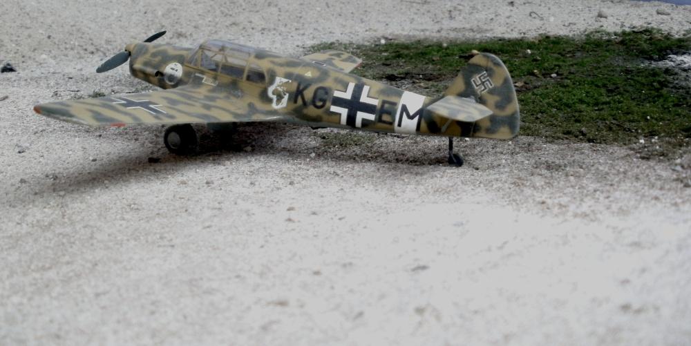 Theo Blaich´s eigene Bf 108 Taifun, die er zur Luftwaffe mitnahm und im sogenannten Sonderkommando Blaich als Verbindungsflugzeug flog.  Nord Afrika 1942