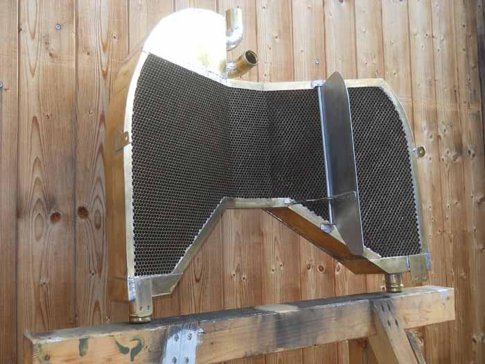 Engels E.3 (Nachbau der Fokker D.VII) - radiator making