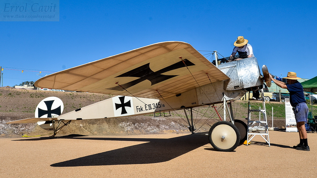 My Fokker E.III is being prepared for a start. This airplane is on long term loan to TAVAS or Australia and is flown there regulary. By 2030 it will be returned in airworthy condition to Germany. Photo: Andrew Carter TAVAS