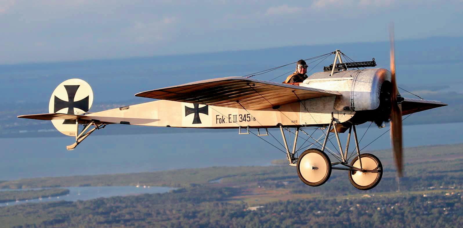 Engels E.4 (Replica of theFokker E.III) in flight.